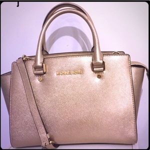 Michael Kors Selma- Pale Gold